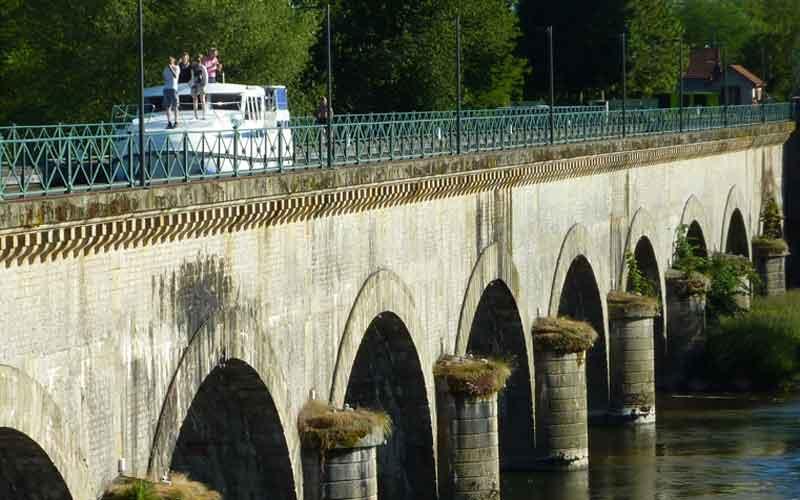 Kanalbrücke von Digoin